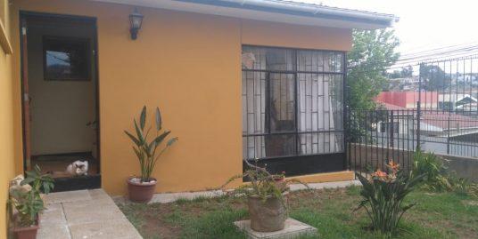 ( Cod 1156) Venta Casa en Sector Residencial de Quilpué – Sandra